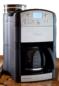 coffee-maker-with-grinder PurelyCoffeeBeans Reviews, Tips & Recipes